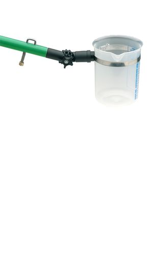 Kádinka pro odběr vzorků povrchové vody. Kádinka o objemu 1000 ml vyrobená z tříděného polyetylenu s výlevkou (kádinka je vyměnitelná).Konstrukce držáku kádinky z vysoce kvalitního ocelového tažného pásma umožňuje otočení kádinky pro změnu směru odlévání, stejně jako nastavení úhlu (0 až 180 °).